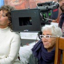 Sophia Loren e Lina Wertmuller sul set di Peperoni ripieni e pesci in faccia