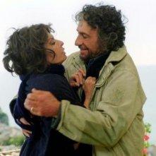 Sophia Loren e Murray Abraham in Peperoni ripieni e pesci in faccia