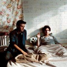 François Ozon con Melvil Poupaud sul set del film Il tempo che resta