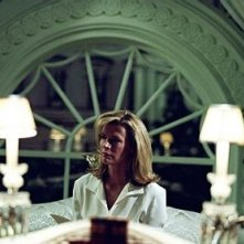 Kim Basinger in una scena del film The Sentinel