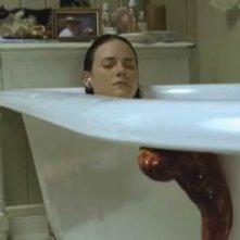 Tania Saulnier in una scena di Slither
