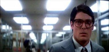 Christopher Reeve in una scena di SUPERMAN, 1978