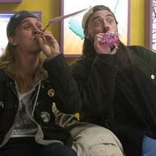 Jason Mewes e Kevin Smith in una scena di Clerks II