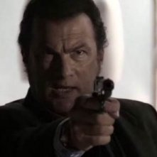 Steven Seagal in Black Dawn - Tempesta di fuoco