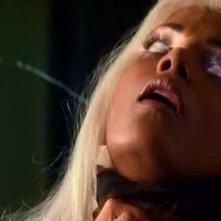 Halle Berry in una scena di X-MEN (2000)