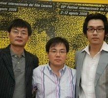Locarno 2006 - Jae-Cheol Lim, produttore, Kim Young-Nam, Corea del Sud, regista e Kim Tae-Woo, attore del film NAE-CHUNGCHUN-AEGAE-GOHAM