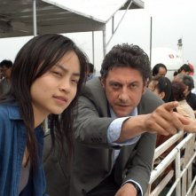 Sergio Castellitto con Tai Ling in una scena di La stella che non c'è