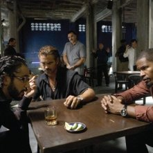 John Ortiz, Colin Farrell and Jamie Foxx in una scena del film Miami Vice