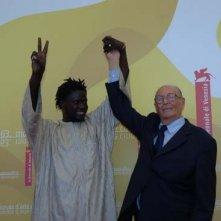 Djbril Kebe e Vittorio De Seta a Venezia per presentare il film Lettere dal Sahara