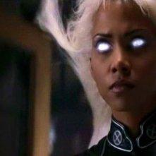 Halle Berry in una scena di X-MEN