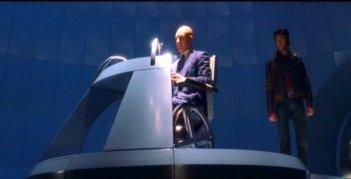 Patrick Stewart e Hugh Jackman in una scena di X-MEN