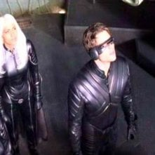 Famke Janssen, Halle Berry & James Marsden in una scena di X-MEN