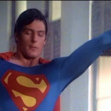 Margot Kidder e Christopher Reeve in una scena di SUPERMAN