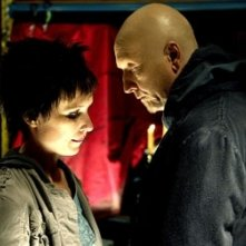 Shawnee Smith e Tobin Bell in una scena di Saw 3