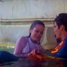 Valerie Perrine e Christopher Reeve in una scena di SUPERMAN