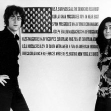 John Lennon e Yoko Ono in una scena tratta dal documentario The U.S. vs. John Lennon