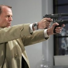 Bruce Willis in una sequenza di Slevin - Patto criminale