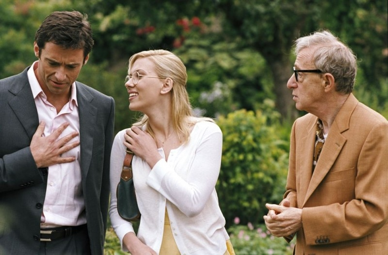 Hugh Jackman, Scarlett Johansson e Woody Allen in una scena di Scoop