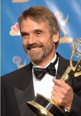 Jeremy Irons con l'Emmy Award