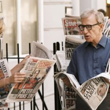 Scarlett Johansson e Woody Allen in una sequenza di Scoop