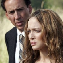 Nicolas Cage e Kate Beahan in una scena del film The Wicker Man