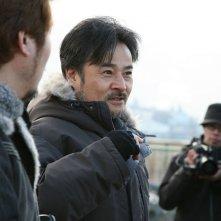 Kiyoshi Kurosawa sul set di Sakebi