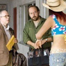 Bob Balaban e Paul Giamatti in una scena di Lady in the Water