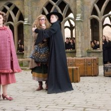 Imelda Staunton, Emma Thompson, Maggie Smith e David Bradley in una scena di Harry Potter e l'Ordine della Fenice