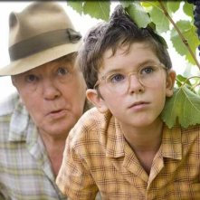 Albert Finney e Freddie Highmore in una scena del film A Good Year