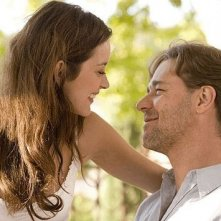 Russell Crowe e Marion Cotillard in una scena del film A Good Year