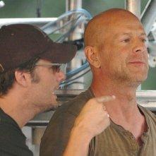 Bruce Willis sul set del film Die Hard - Vivere o morire