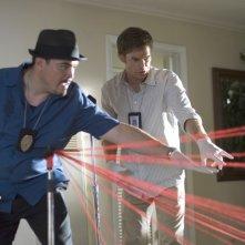David Zayas e Michael C. Hall in una scena di Dexter