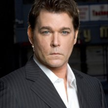 Ray Liotta nella serie 'Smith'