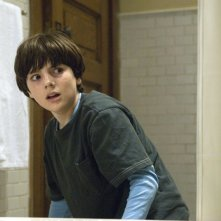 Matthew Knight in una scena di The Grudge 2
