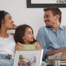 Martina Gusman, Victoria Vescio e Guillermo Pfening in na scena del film Nacido y criado