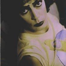 Una foto promozionale di Tim Curry per il musical The Rocky Horror Picture Show