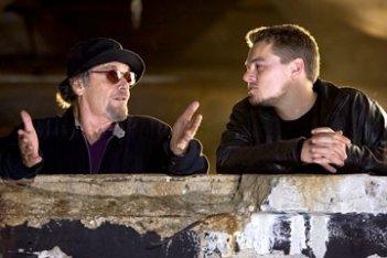 Leonardo DiCaprio e Jack Nicholson in una scena di The Departed - Il bene e il male