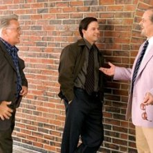 Jack Nicholson, Mark Wahlberg e Martin Sheen in una scena di The Departed