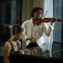 Vanessa Incontrada e Andoni Gracia in una scena del film Quale amore