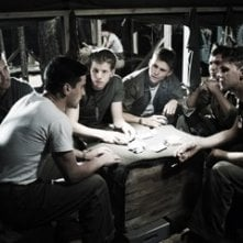 Paul Walker, Jesse Bradford, Stark Sands, Scott Reeves, Adam Beach e Joseph Cross in una scena di Flags of Our Fathers
