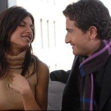 Alessandro Siani e Elisabetta Canalis li in una scena del film Natale a New York