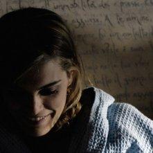 l'attrice Claudia Zanella in una scena di 'Troppi equovoci' della serie 'Crimini'