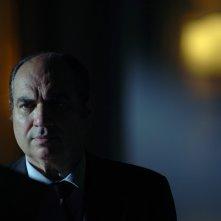 Gilberto Idonea  in una scena di 'Troppi equovoci' della serie 'Crimini'