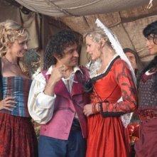 Brigitta Boccoli, Vincenzo Salemme, Daryl Hannah e Natalia Estrada in una scena di Olè