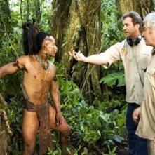 Mel Gibson e Dean Semler sul set del film Apocalypto