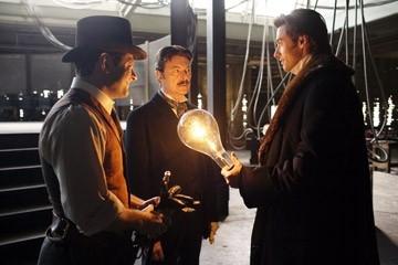 Hugh Jackman, David Bowie e Andy Serkis in una scena di 'The Prestige'