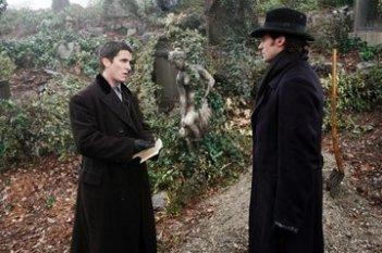 Hugh Jackman e Christian Bale in una scena di 'The Prestige'