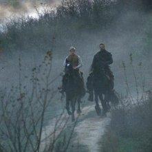 Edward Speleers e Jeremy Irons in una scena di Eragon, del 2006