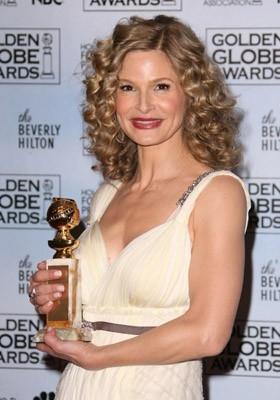 Kyra Sedgwick premiata per Elizabeth I ai Golden Globes 2007