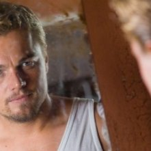 DiCaprio in una scena del film Blood Diamond - Diamanti di sangue